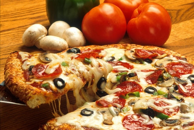 7 Amazing Facts You Never Knew About Pizza